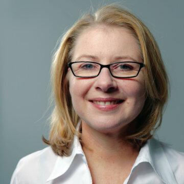 Portrait Simone Dappert - Gewinnerin des Headhunter of the Year im Bereich Recruiting Innovation